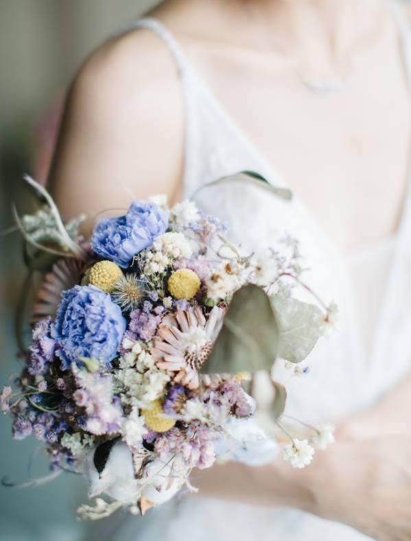 34841734 259816044758834 3805907444542996480 n 新娘走紅毯一定要有這束~讓妳美到不行的精緻不凋球型捧花