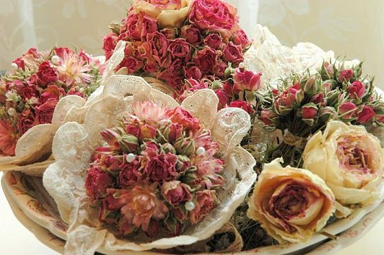 86059425dc1a25eab309e24f4956383b 彷彿來到法國鄉村~復古乾燥玫瑰的經典 Shabby Chic風格