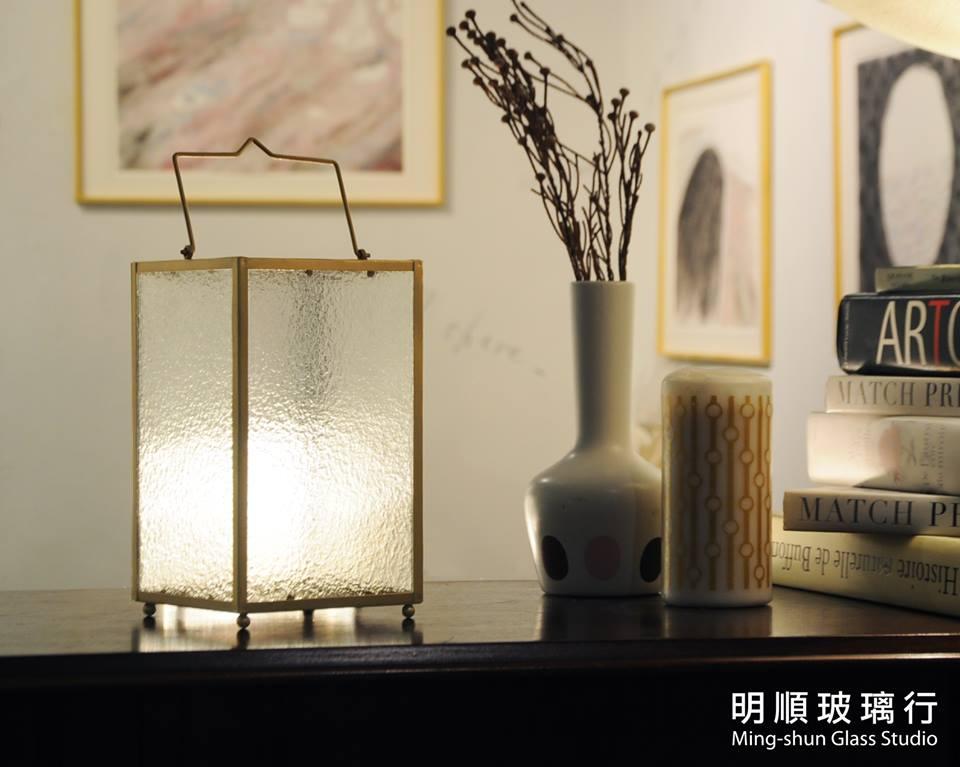 28685972 1892277180844852 2717959882539269361 n 外婆家窗景是記憶中最美好的部分...海棠花老玻璃燭燈販售中!