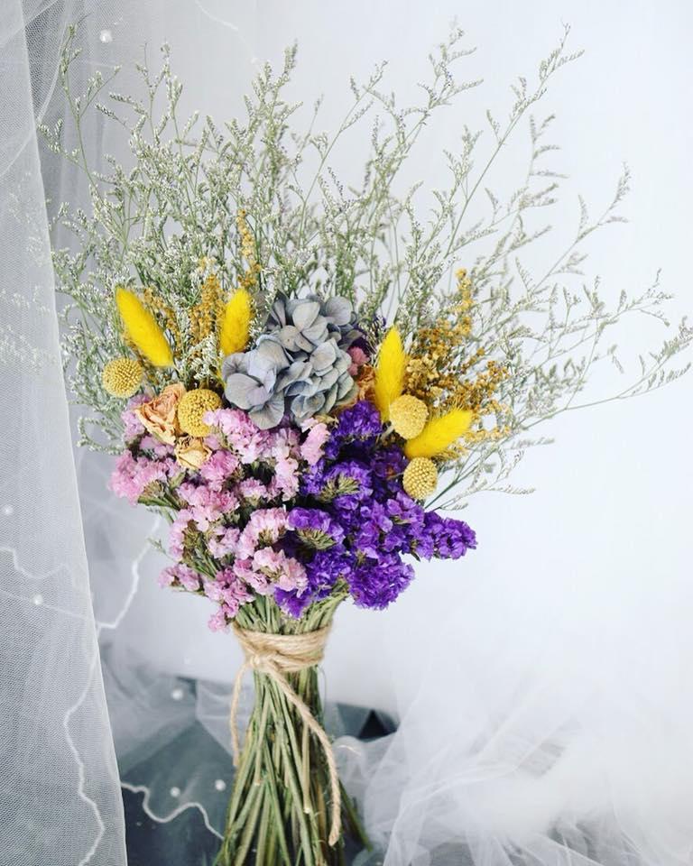 32190921 645030695845599 5375985919880855552 n 小資新娘拍照必看!FloralVintage經典扇形拍照花束份量大價錢卻好可愛~