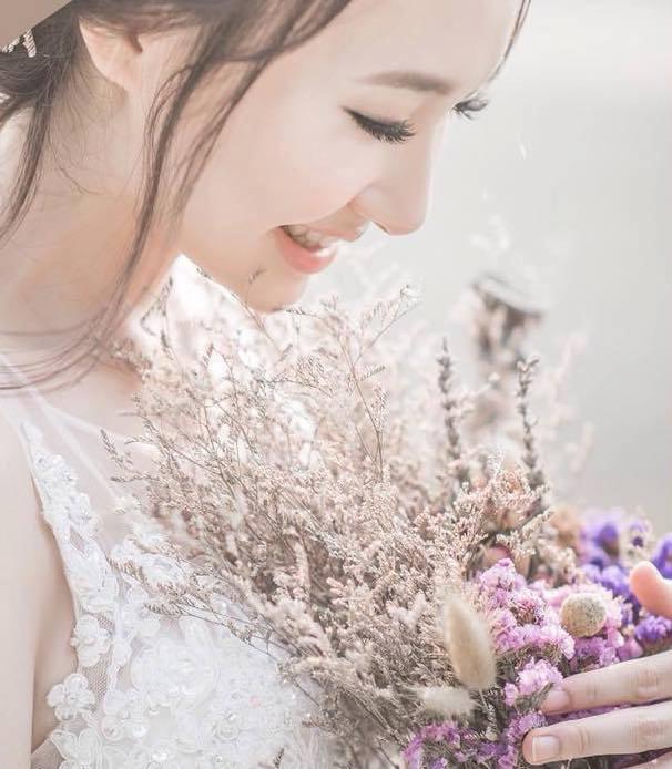 32283761 645180799163922 6219908995969187840 n 小資新娘拍照必看!FloralVintage經典扇形拍照花束份量大價錢卻好可愛~