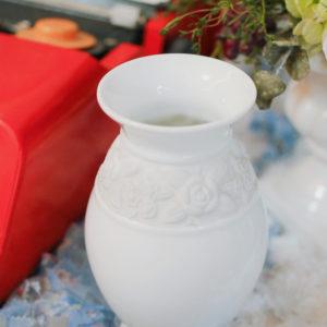 義大利老件 / 可愛潔白玫瑰雕花牛奶壺