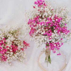 划算清新感伴娘捧花粉白撞色滿天星