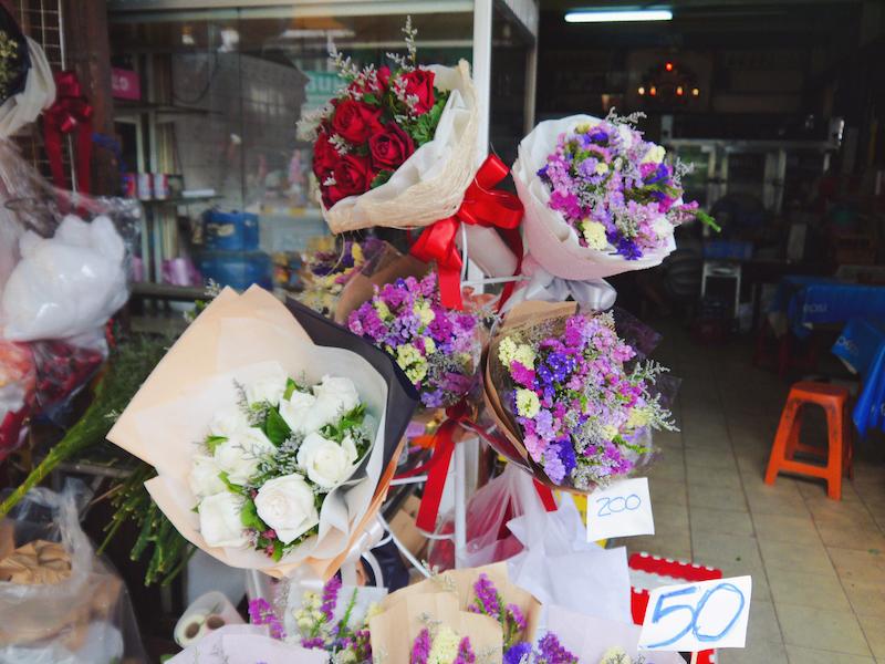 IMG 2096 混亂、祭祀且濃郁的飽和色 / 曼谷花卉市場(Pak Klong Talad)