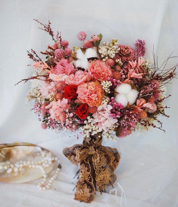 IMG 8208 選擇鮮花還是乾燥花好?一次搞懂4種新娘捧花風格!
