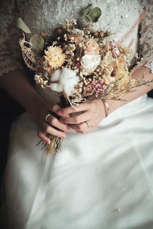 61687744 2245894855671311 4615485526886055936 n 新娘手上獨一無二的「訂製捧花」原來隱藏這麼多含義和細節…