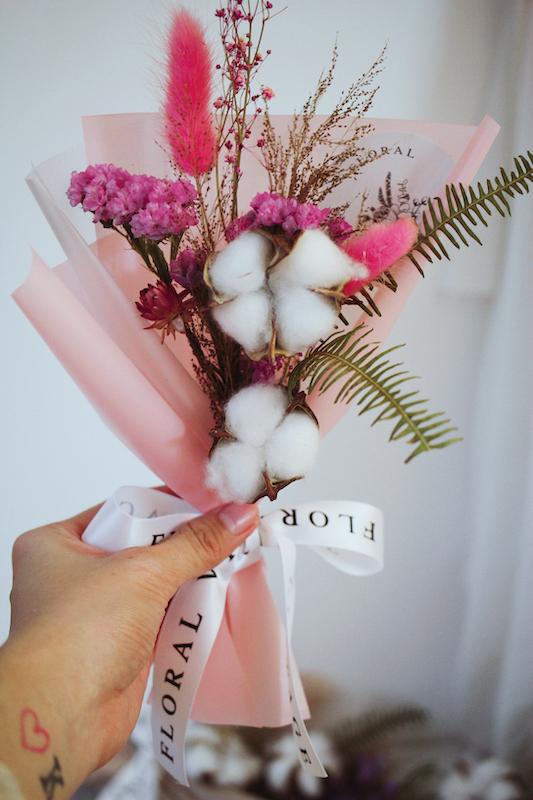 IMG 0304 既是閨蜜也是得力小幫手 🧡 別忘了幫伴娘準備迷人小花束!