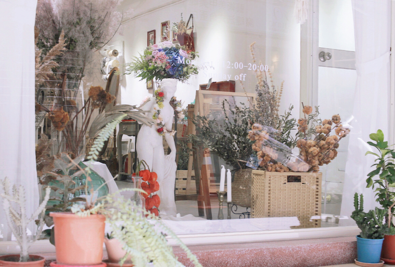 IMG 8632 不只是乾燥花店,婚禮或是生活都讓人感到幸福的花藝空間(內含攝影空間租借辦法)