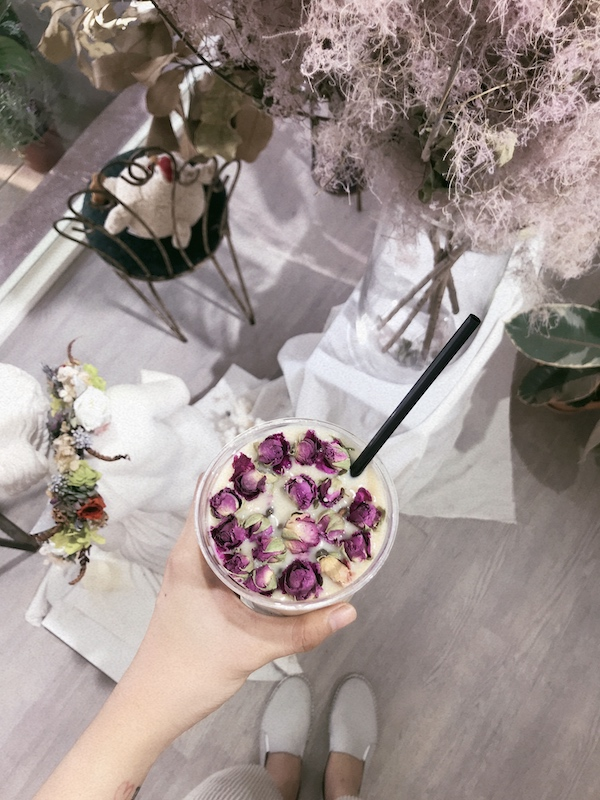 IMG 1168 開賣囉!來工作室喝店主特調的「乾燥花鮮奶茶」拍一波美照