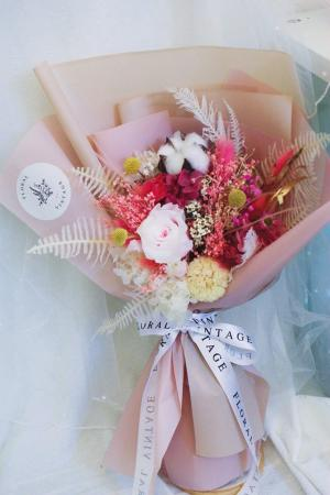 粉粉甜甜大份量不凋花送禮花束