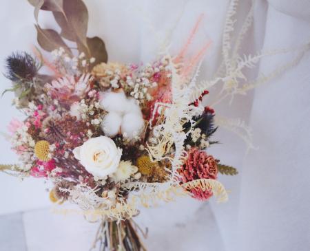 迷人的蓬鬆空氣感新娘捧花